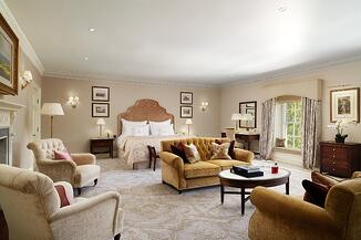 Grantley_Hall_Grand_Suite